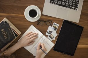 How to Stay Motivated & Productive While Studying At Home