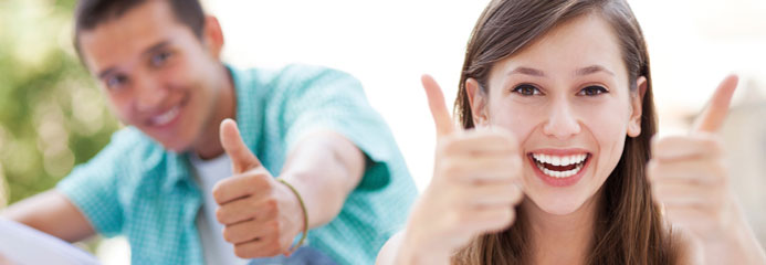 students with thumbs up