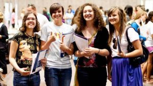 5 Tips for Junior Year Before College Applications
